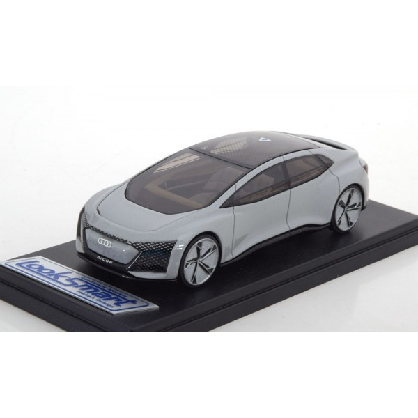 Audi Aicon Concept Car, IAA Frankfurt 2017 silver-grey/metallic.Look Smart 1:43