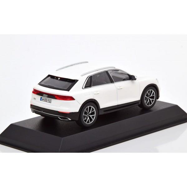 Audi Q8 2018 white.Norev 1:43