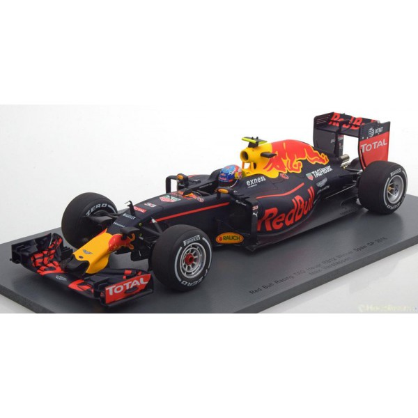 Red Bull TAG Heuer RB12 Sieger GP Spanien